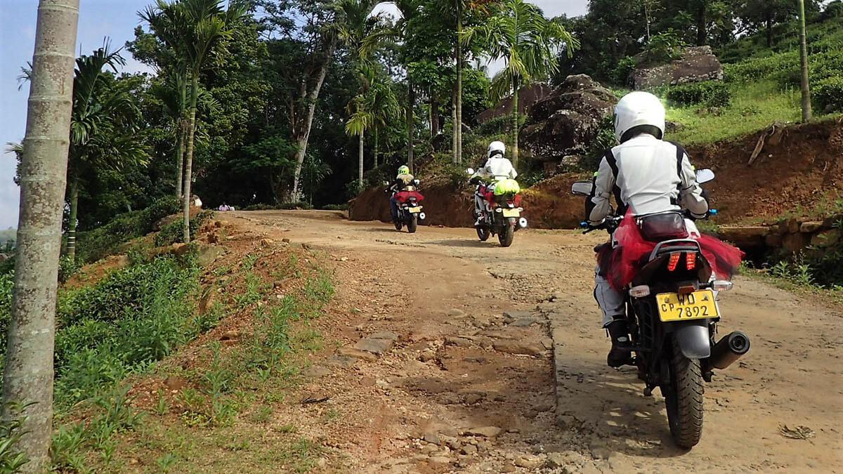 Sri Lanka: Women's Motorcycle Tour