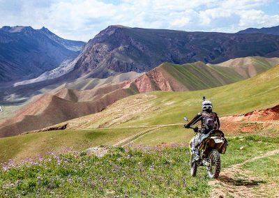 kirgistan-wyprawy-motocyklowe-dla-kobiet (17)