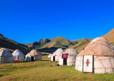 kirgistan-wyprawy-motocyklowe-dla-kobiet (22)