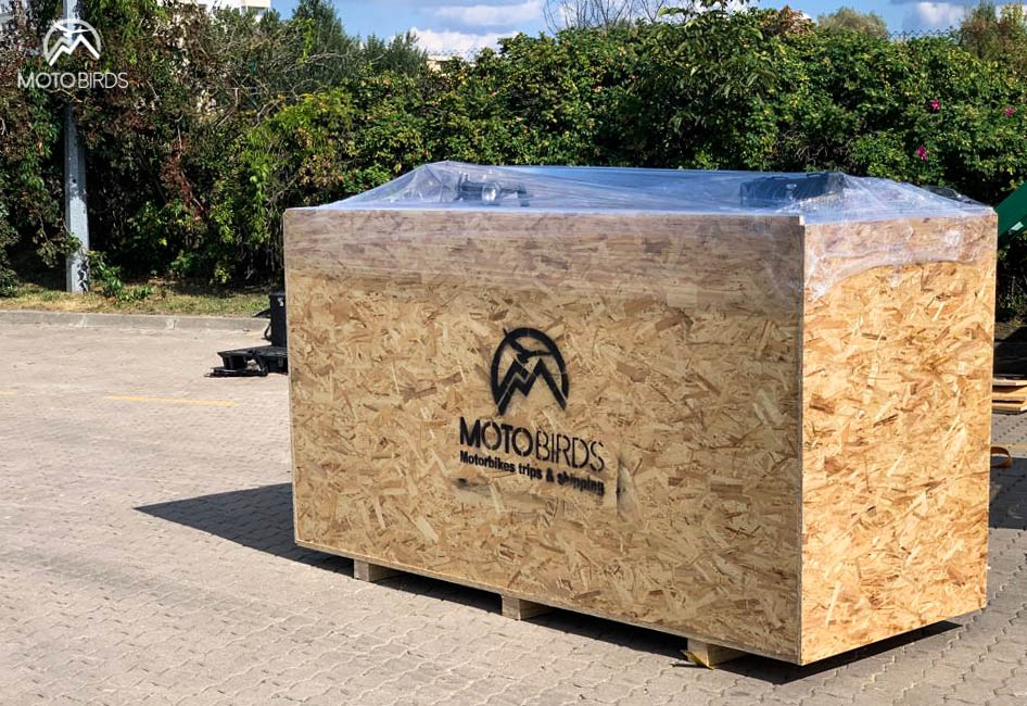 motorcycle transport wooden box by MotoBirds