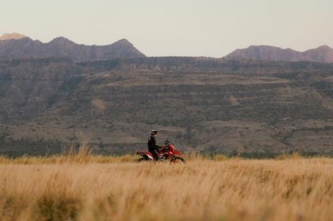 motocyklem przez Tanzanie
